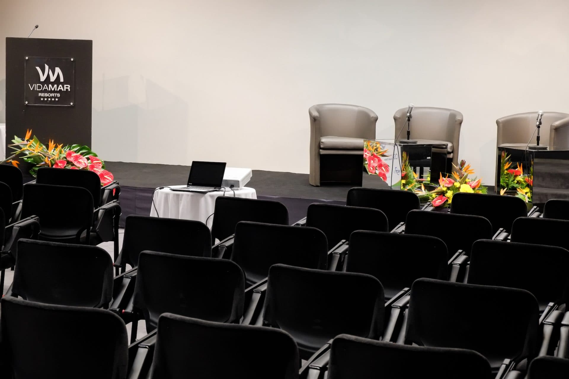 meetings-events-rooms-VidaMar-hotels-resorts-madeira