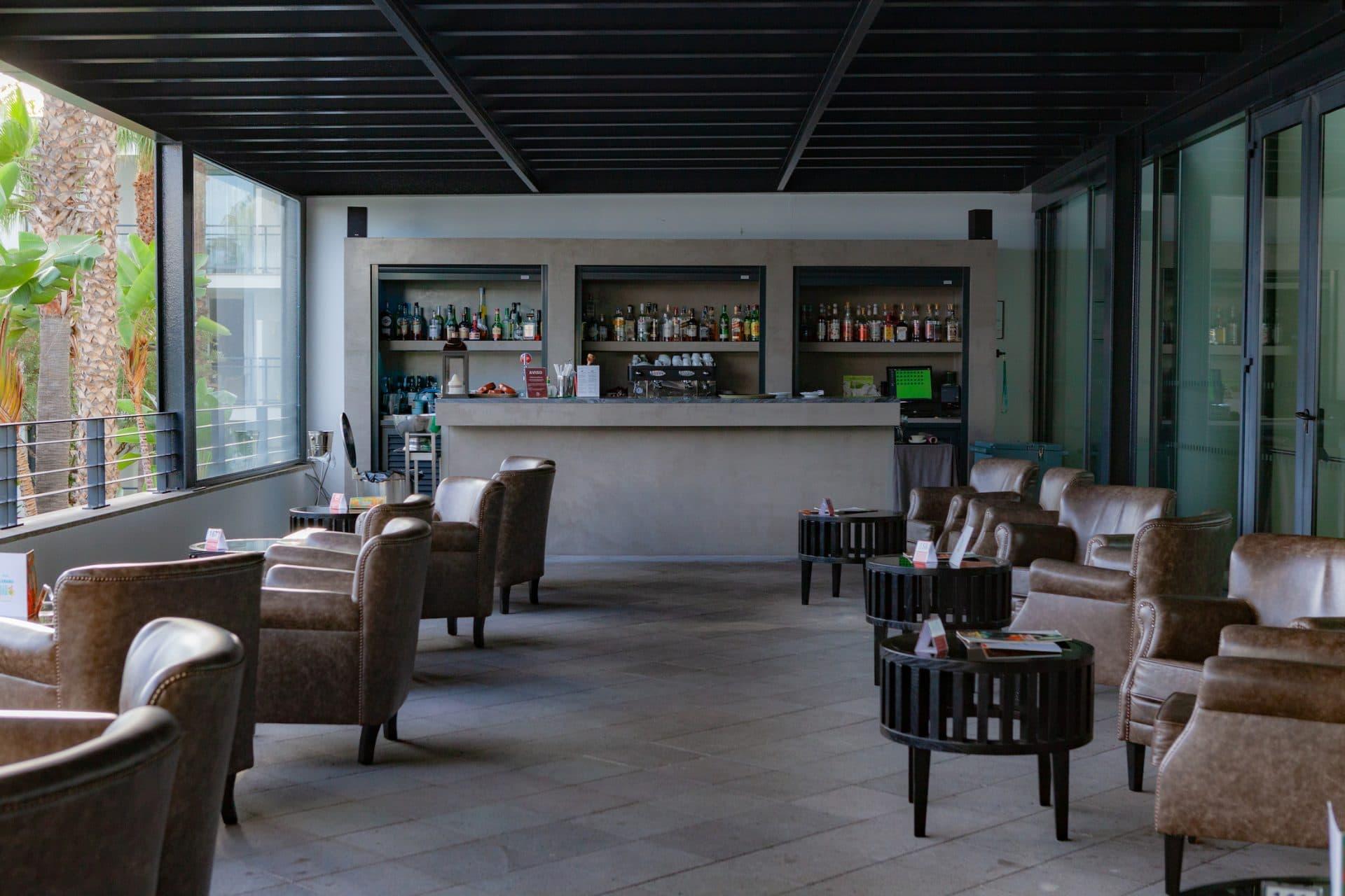 ocean-lounge-bar-space-VidaMar-Hotels-Resorts-Madeira